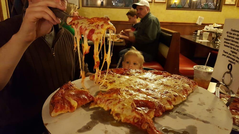 Eat at Evaroni's Pizza